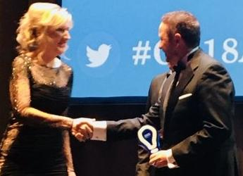 Dr Peter Orrell receives runner-up award of Converge Challenge 2018