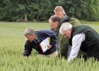 Photograph of visitors to Cereals in Practice