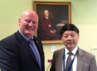 Professor Bob Ferrier meets Mr Zhou Xiaoming