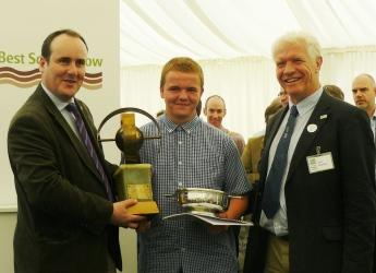 Douglas Greig, Best Soil in Show '14, with Paul Wheelhouse MSP and Prof I Gordon