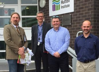 Chris Law MP visited the Institute's Dundee site (c) James Hutton Institute