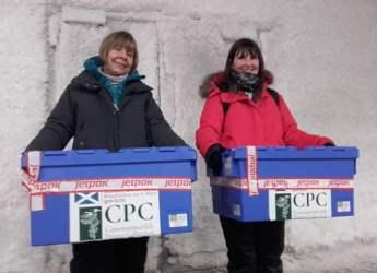 Jane Robertson (l) and Gaynor McKenzie at Global Seed Vault (Jane Robertson)