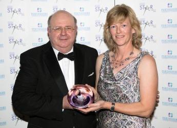 Robert Corrigan receives Excellence award from Gillian Stirton (c) JHI