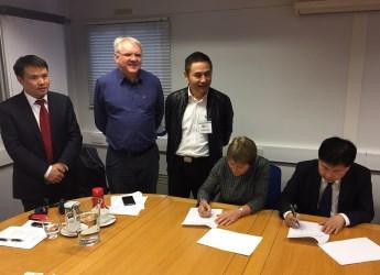 Signing of MoU between SAAS and Hutton Institute (c) James Hutton Institute