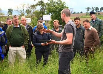 Discussing sustainable farming at LEAF Tech Day 2014 (c) James Hutton Institute