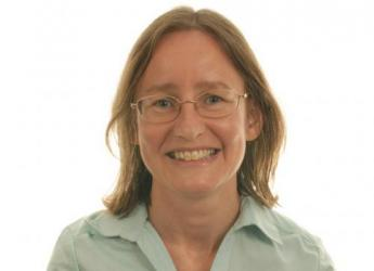 Dr Ruth Mitchell