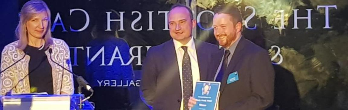 Dr Peter Orrell (r) receives CC 'Ready Steady Pitch' award (c) Hutton Institute