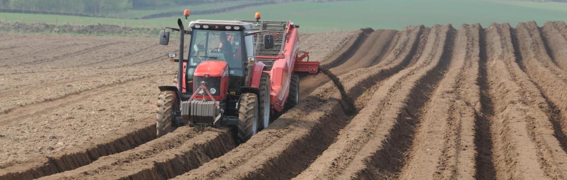 Picture of tractor farming a field (c) James Hutton Institute