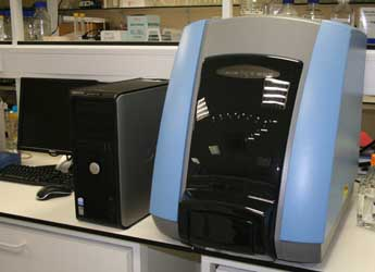Photograph of equipment used in the Genome Technology laboratory