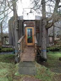 The tree house in Lochcarron.  Credit: Carla Barlagne